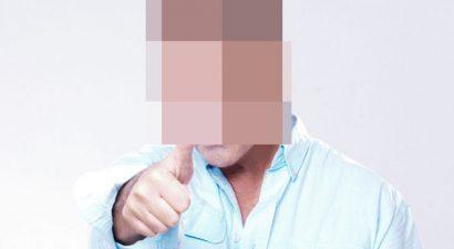 «Ήμουν σε σχολή για παπάς»: Ποιος γνωστός λαϊκός τραγουδιστής το αποκάλυψε