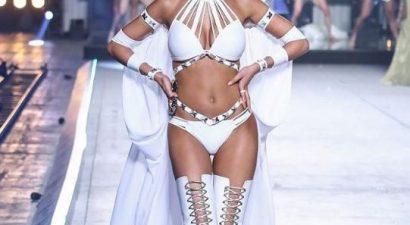 Wow! Κόλασε η Ελληνίδα παρουσιάστρια