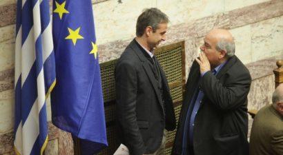 Τι συζήτησε ο Μητσοτάκης με τον Βούτση στη Βουλή