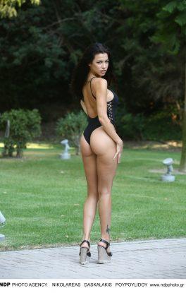 Σέξι γυμνό μπικίνι μοντέλα