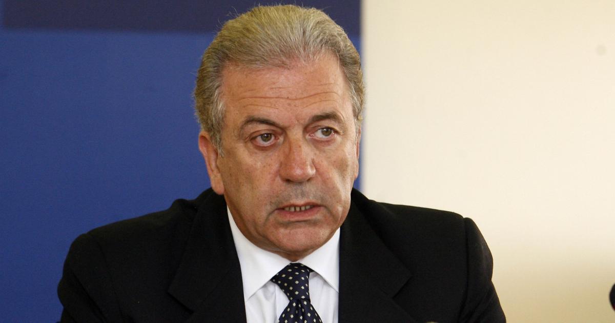«Χρειάζονται νόμιμες οδοί για να φτάνει στην Ευρώπη όποιος δικαιούται άσυλο με ασφαλή τρόπο», δηλώνει ο αρμόδιος Επίτροπος.
